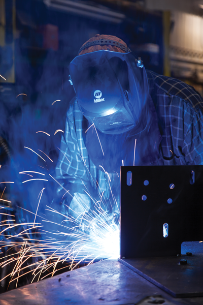 how to become a certified welder in canada