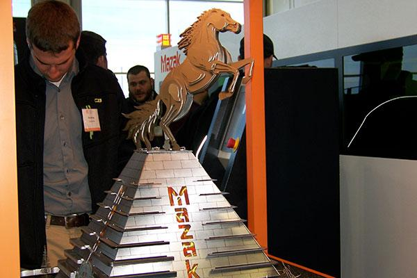 Mazak Optonics Hosts 300 Fabricators