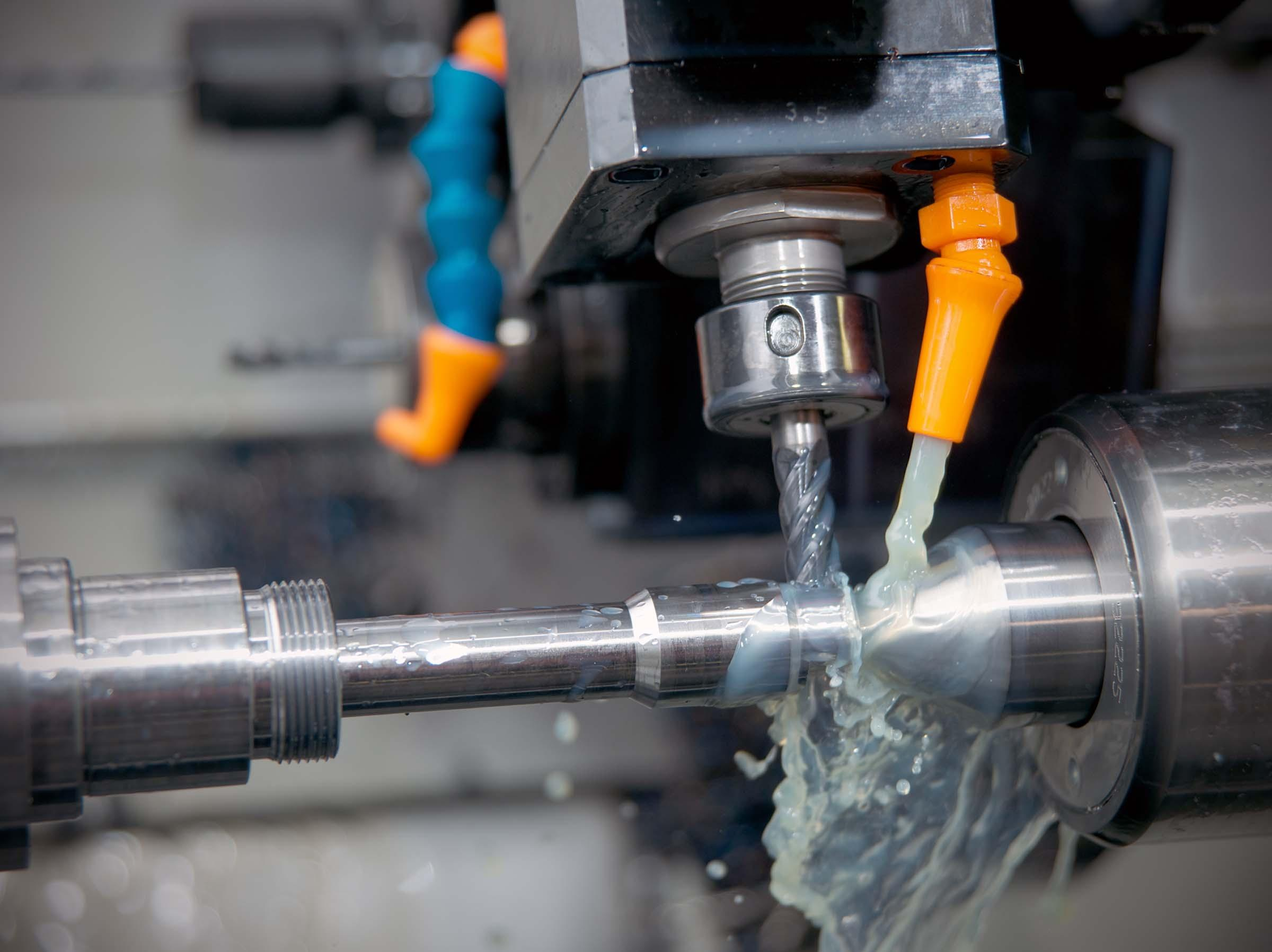 Machine Tool Coolant Systems : Take the heat off live tooling canadian metalworking