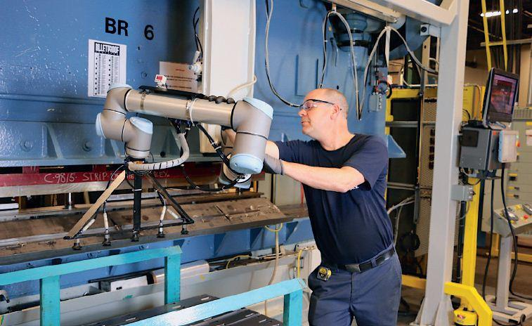 Boosting Productivity With Robots Canadian Metalworking